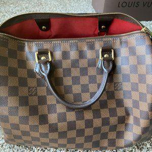 Authentic Louis Vuitton Speedy 30 Monogram Handbag